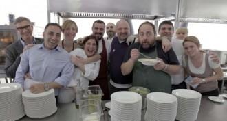 Cucina-trattoria-de-gli-amici-Vinitaly-2012-820x546-680x365_c
