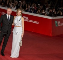 red-carpet-14-ottobre_-1-red-capet-powidoki_afterimage