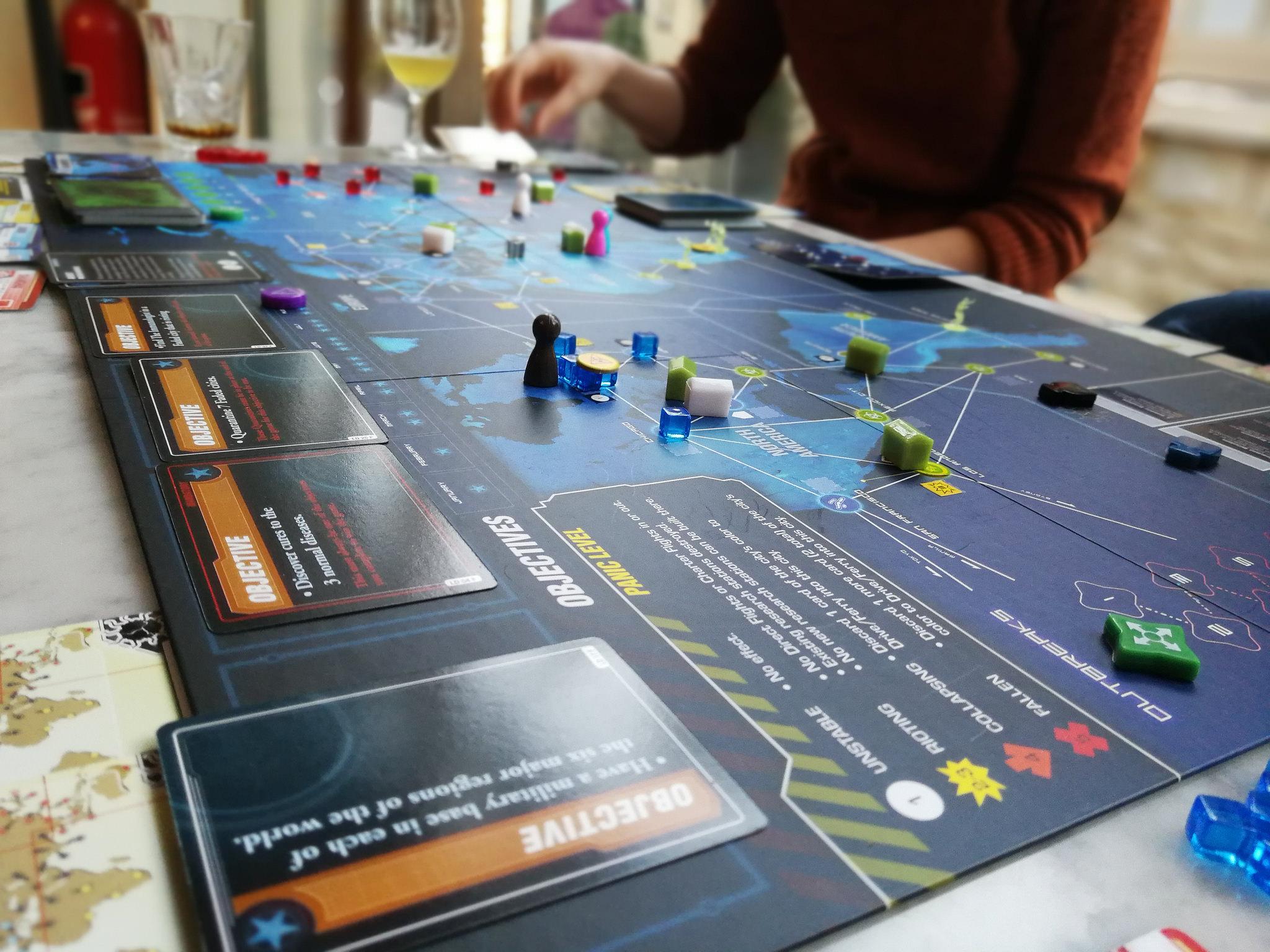 """Il gioco """"legacy"""": evoluzione o strategia commerciale?"""